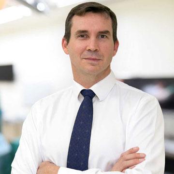 Dr Douglas Maclean